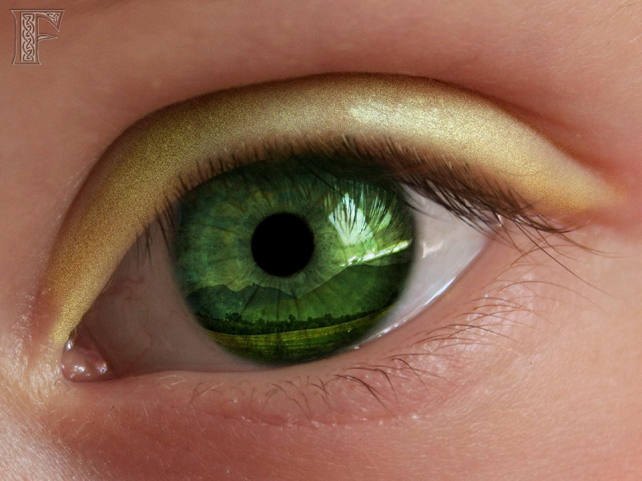 5 июн 2017. Пошаговые уроки и инструкции для макияжа зеленых глаз от дневного до вечернего. Тренды, фото и советы стилистов по макияжу зеленоглазым читайте на makeup. Как создать красивый летний образ для рыжеволосой девушки с зелеными глазами?. Смотрите в видео: