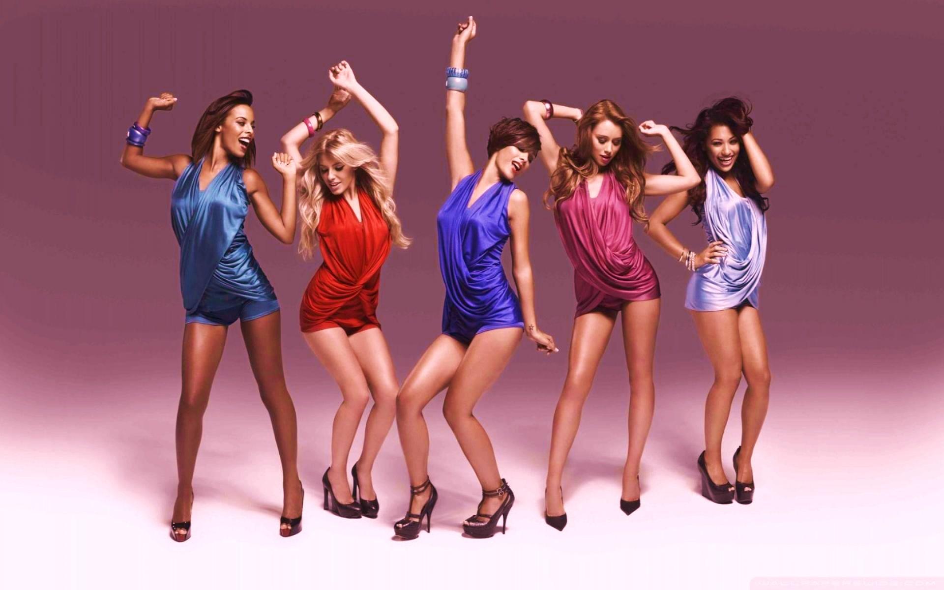 фото танцы девушек