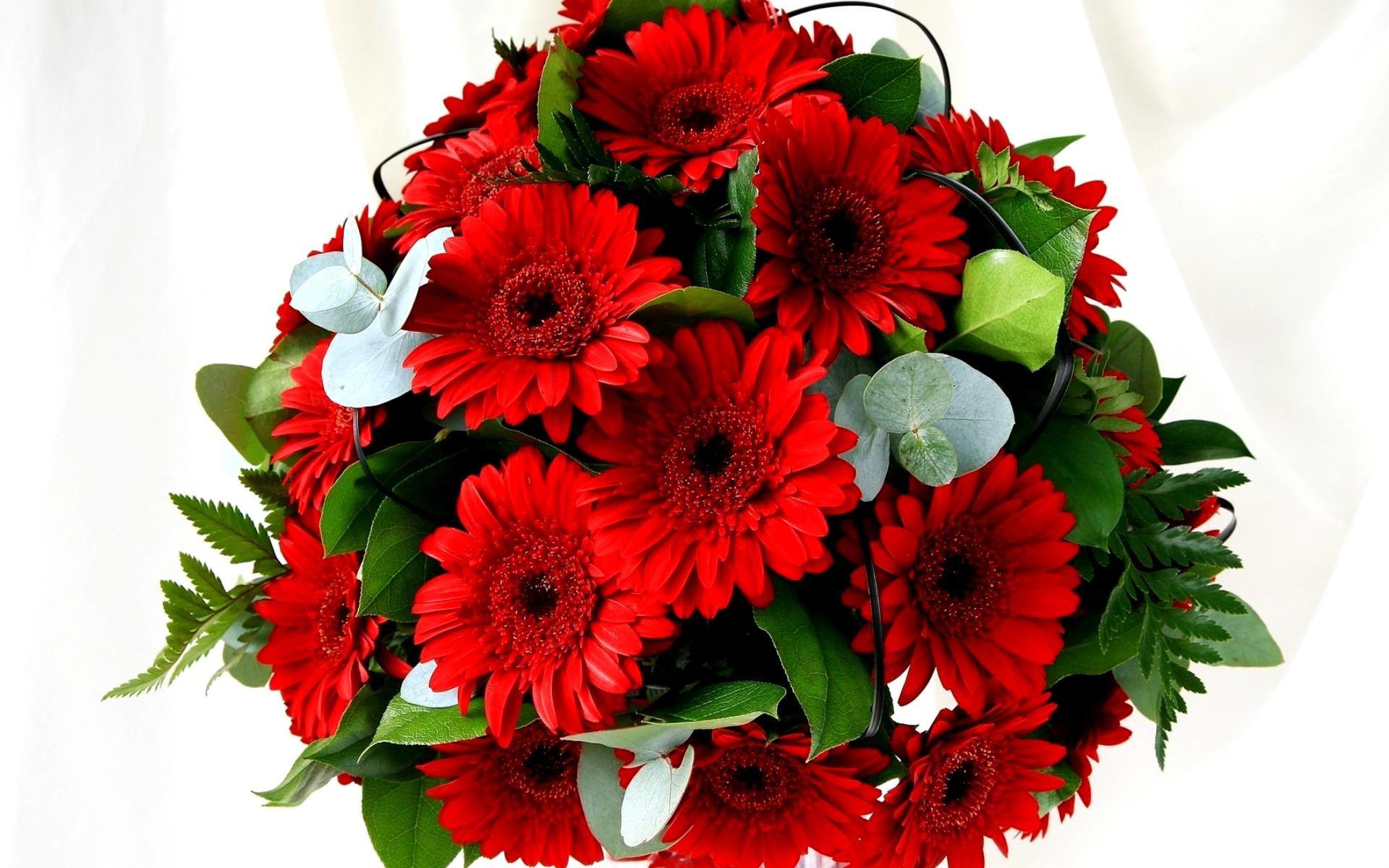 Букеты из красных цветов — img 10