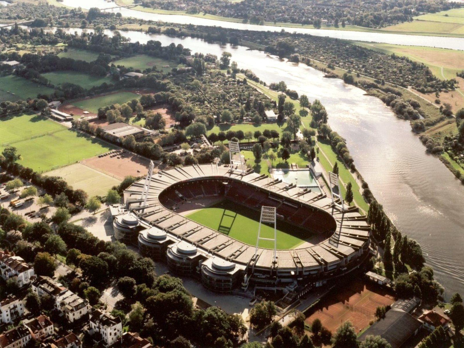 Футбольный стадион вердера
