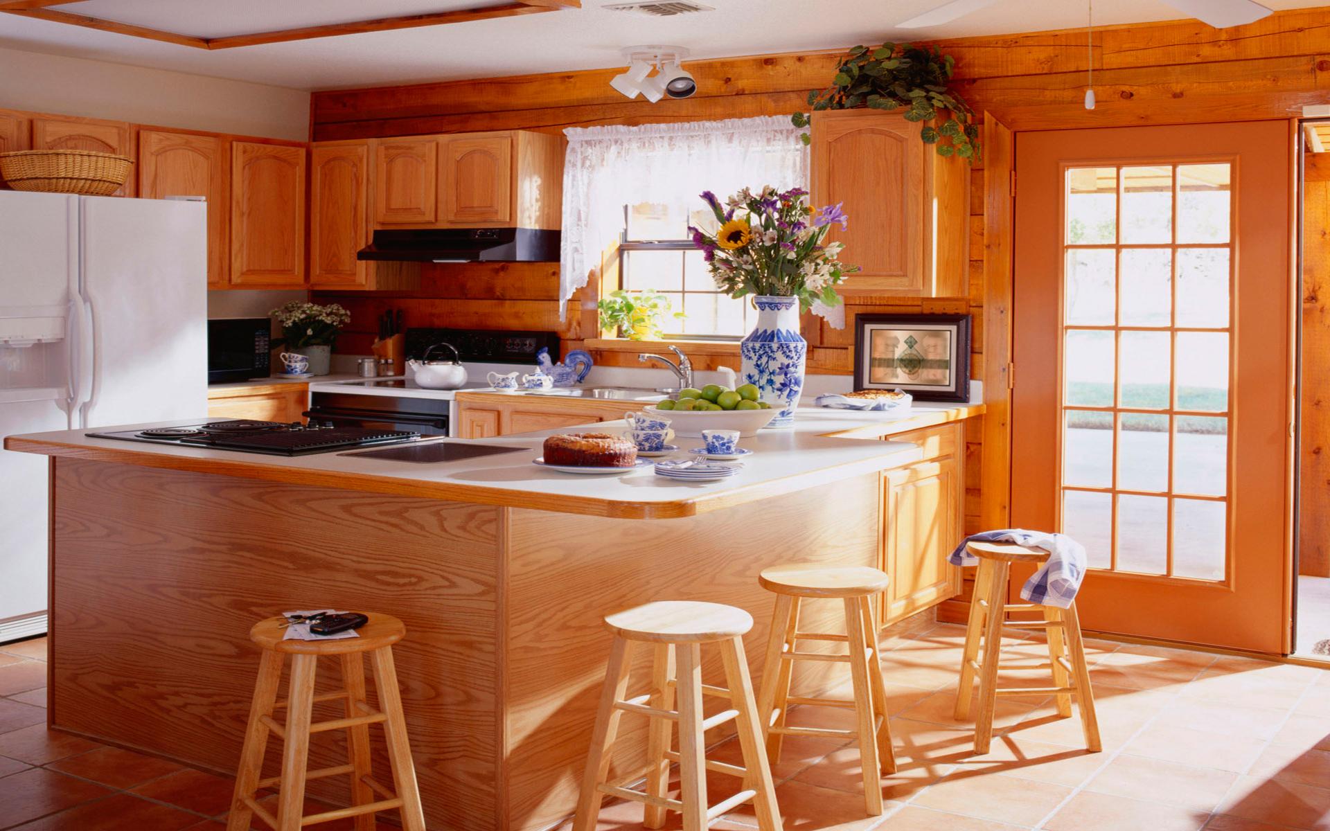 Кухни в домашнем интерьере