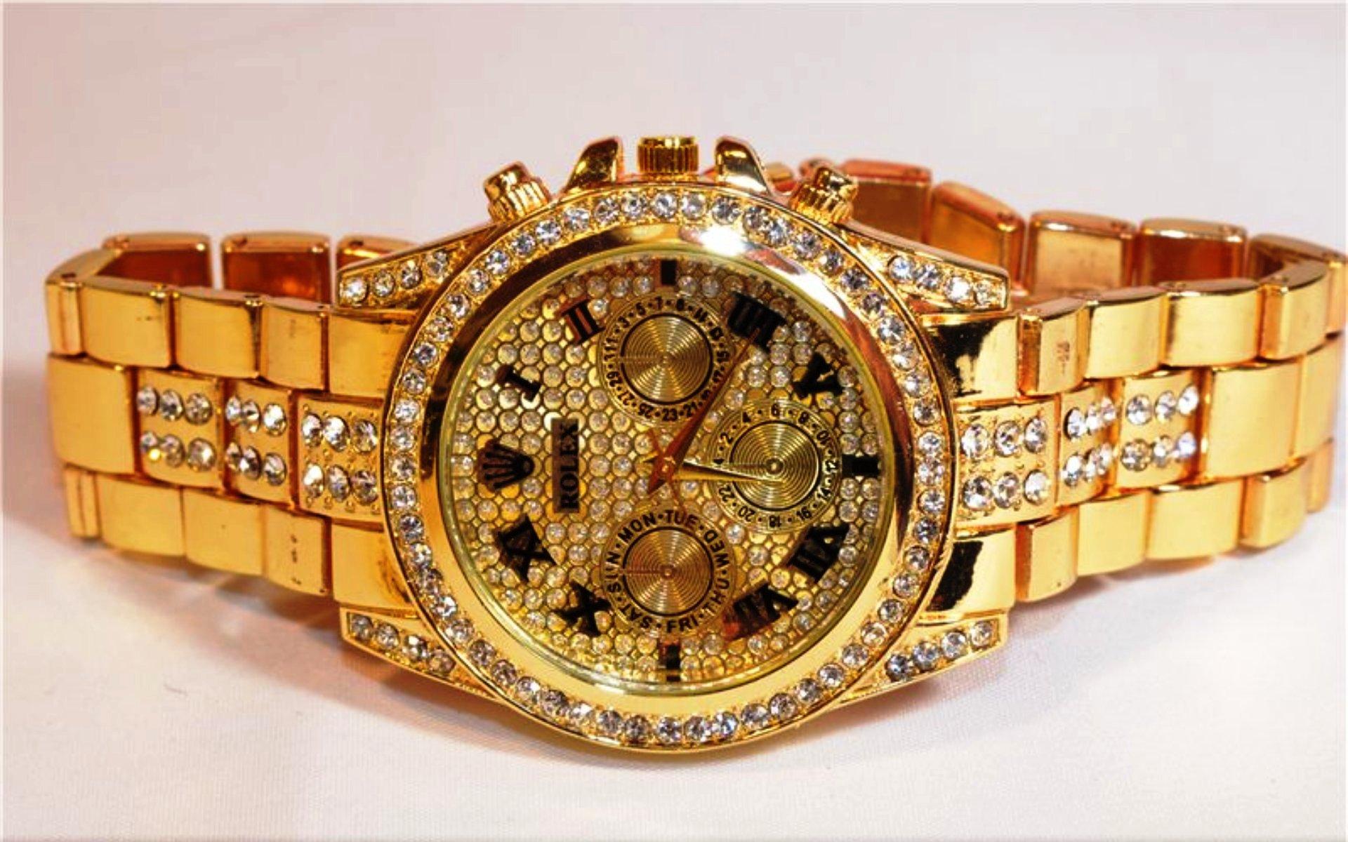 Часы могут подсказывать время каких-то важных событий и привлекать внимание к тому, что ещё не сделано.