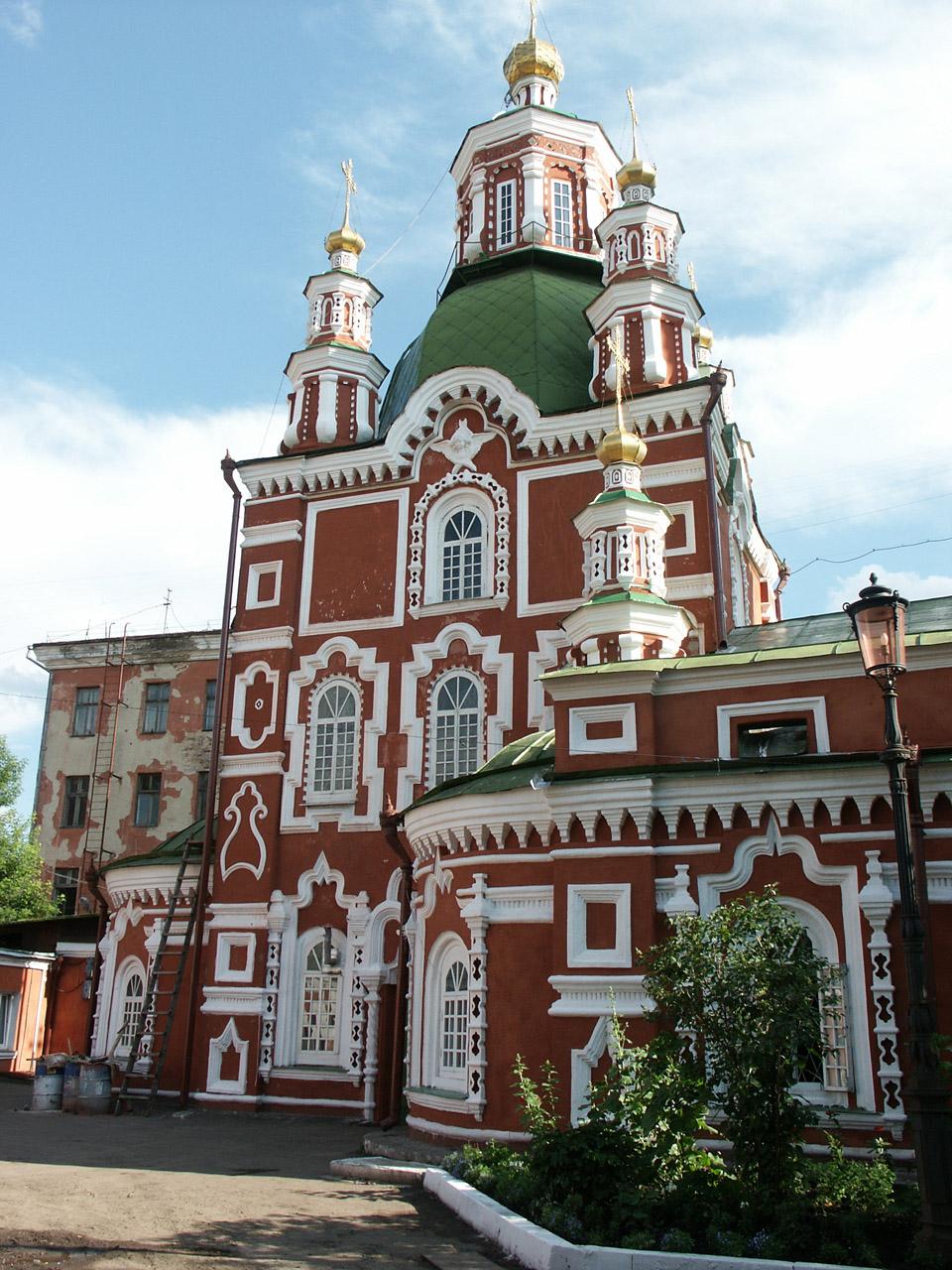 Церковь в Красноярске: www.kartinki24.ru/kartinki/architecture/3840-kartinka-19.html