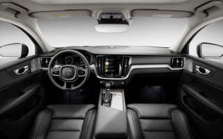 2019 Volvo V60 Cross Country interior