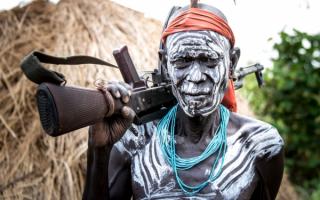 Африканец с автоматом