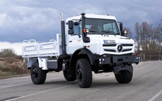 Mercedes-Benz Unimog 5023
