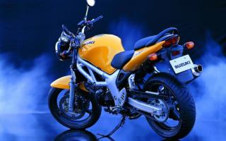 Мотоцикл Сузуки FF