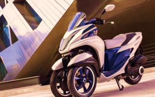 Трехколесный скутер Yamaha
