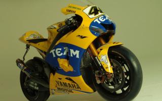 Спортивный мотоцикл Yamaha YZR M1