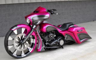 Розовый Харлей