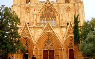 Средневековый храм на Кипре