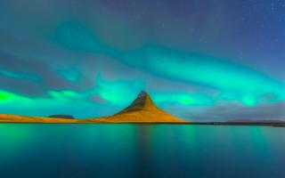 Утренняя заря в Исландии