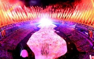 Церемония открытия олимпийских игр  2016 на стадионе Маракана в Рио-де-Жанейро