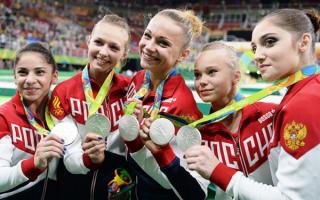 Женская сборная России по спортивной гимнастике выиграла серебряные медали Олимпийских игр в командном многоборье
