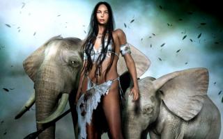 Девушка и слоны фэнтези