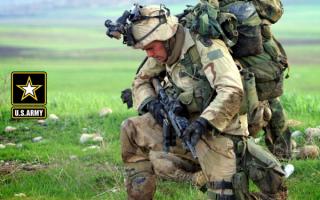 Американский пехотинец в полной экипировке
