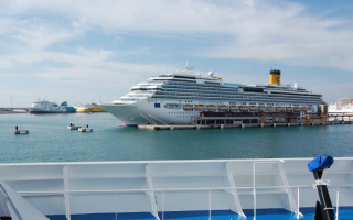 Круизный корабль Costa Concordia
