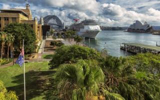 Круизный лайнер в Сиднее