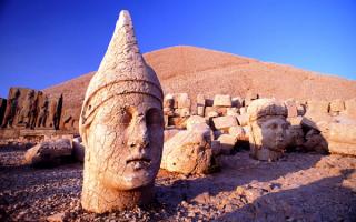 Турция. Гора богов Немрут - Даг