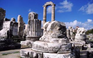 Храм Аполлона. Дидима, Турция