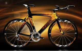 Велосипед с аэрографией