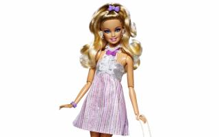 Красивая кукла Барби