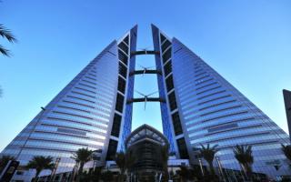 Бахрейнский всемирный торговый центр в Манаме. Высота 240 метров