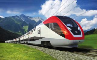 Поезд с двухэтажными вагонами