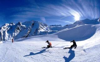 Зимний отдых в Доломитовых Альпах в Италии