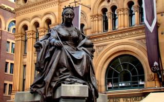 Статуя королевы Виктории в Сиднее