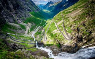 Лестница троллей в горах Норвегии