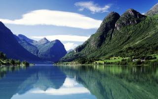 Страна фьордов и гор Норвегия