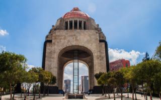 Арка революции в Мексике