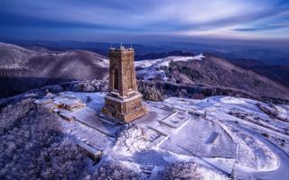 Зима на Шипкинском перевале