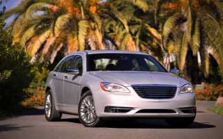 2014 Chrysler 200 Sedan