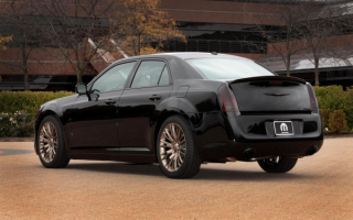 Chrysler 300S Mopar