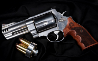 Револьвер Smith & Wesson  Magnum 500